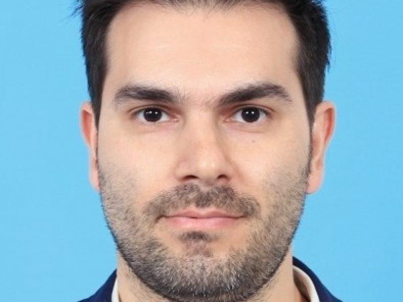 Dr. Ahmad Farhadi